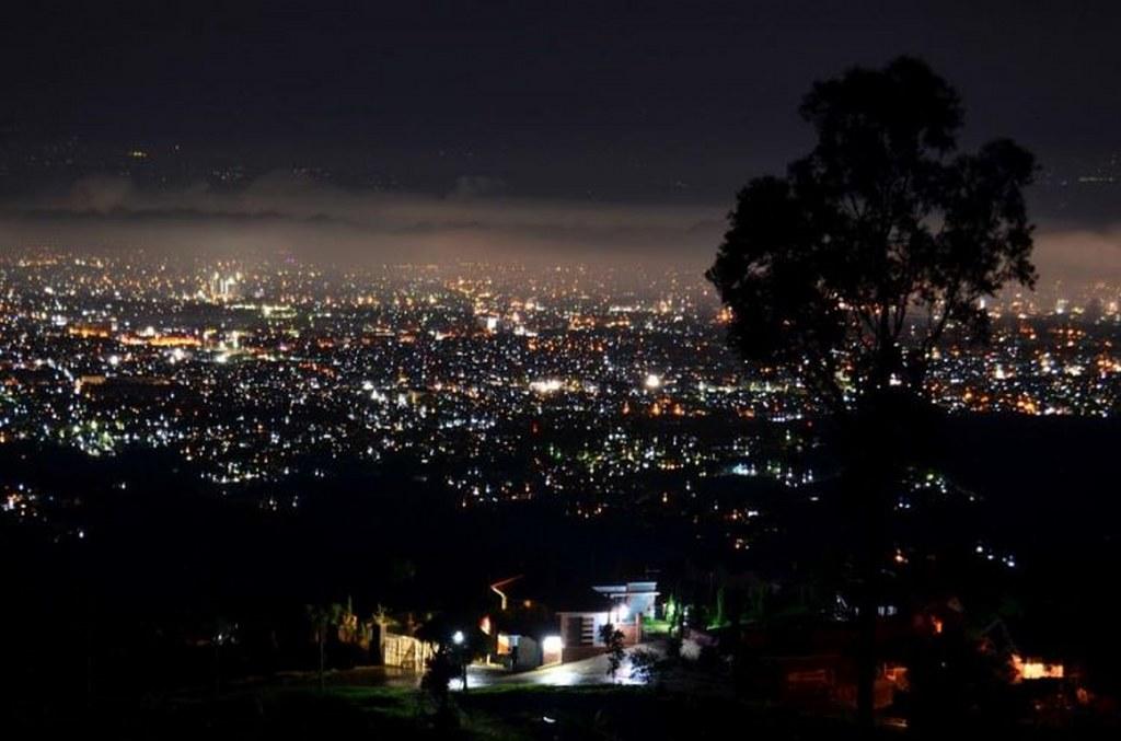 5 Tempat Menikmati Keindahan City Light of Bandung